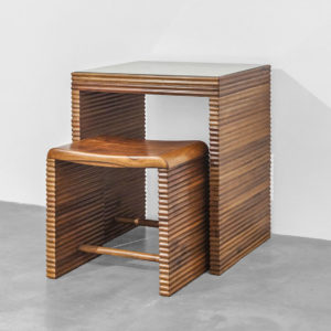 Vetrococke Desk & Stool