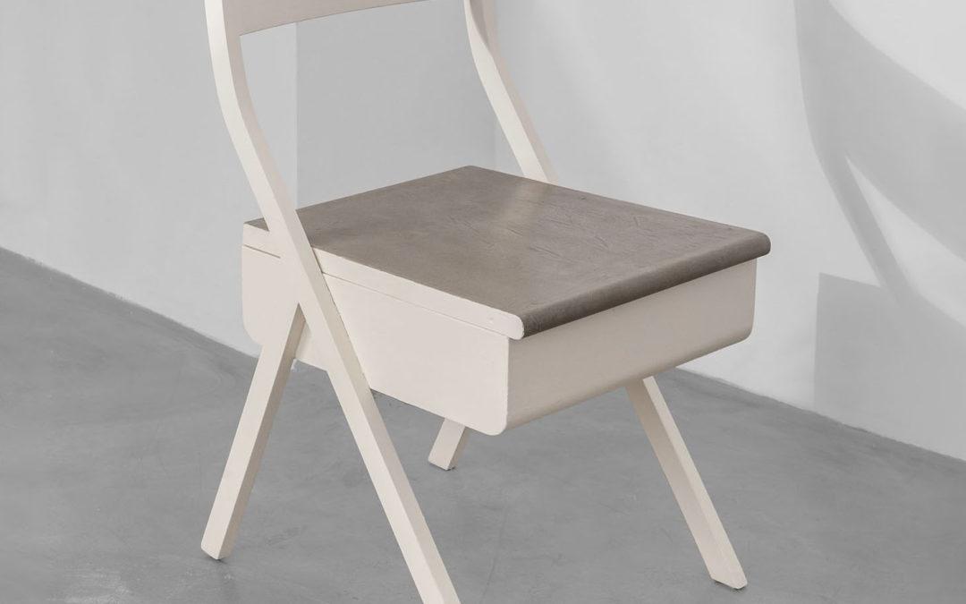 Villa Neuffer Storage Chair