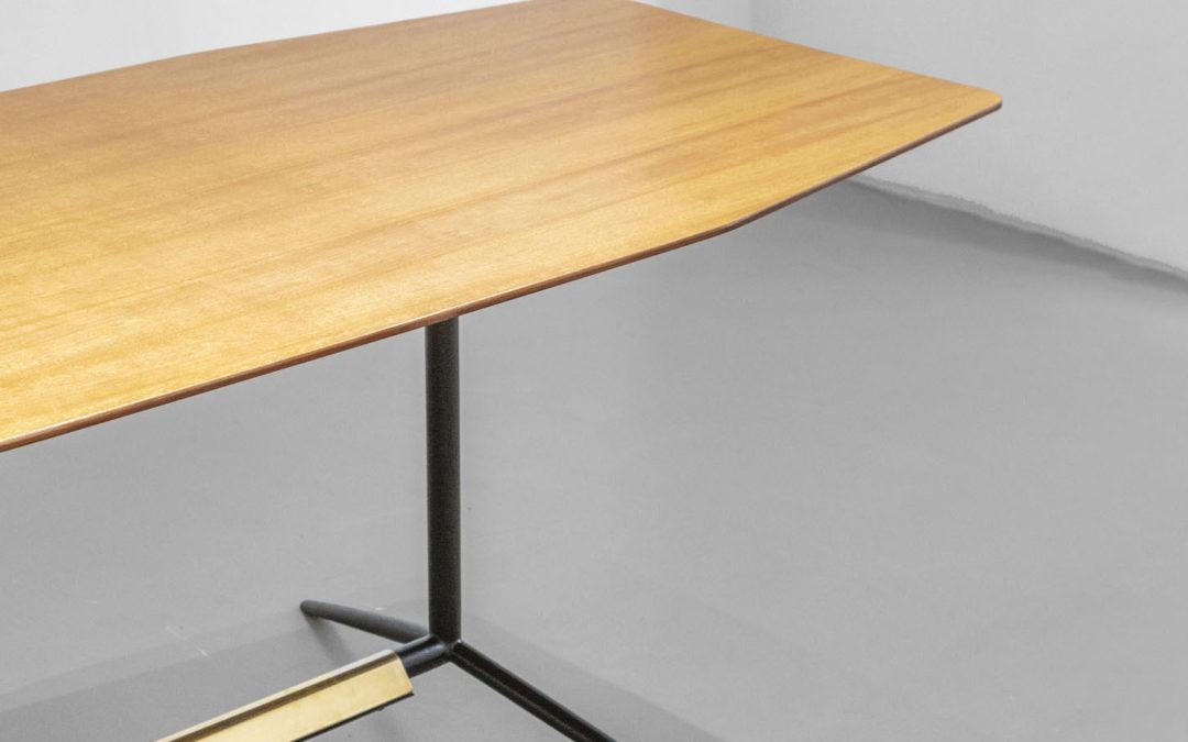 Mod. AI 1015 Table