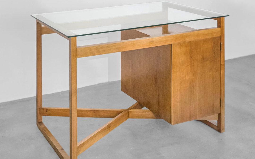 Villa Neuffer Desk