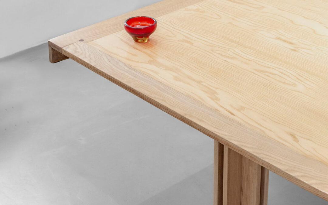 Quatour Dining Table